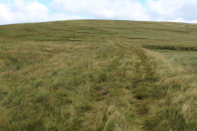 Leading up to Hood Rigg