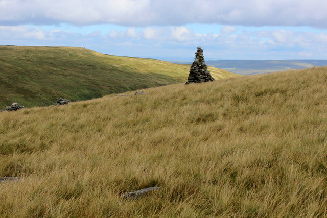 Cairn on the Western Flanks of Lovely Seat