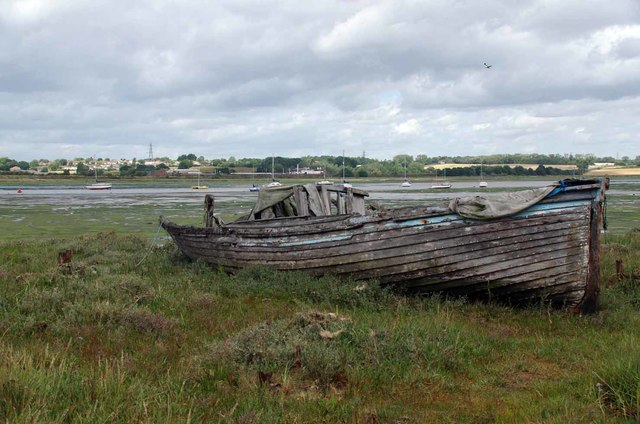 Wreck on Manningtree Foreshore