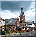 TQ0074 : Baptist Church, Wraysbury by Julian Osley
