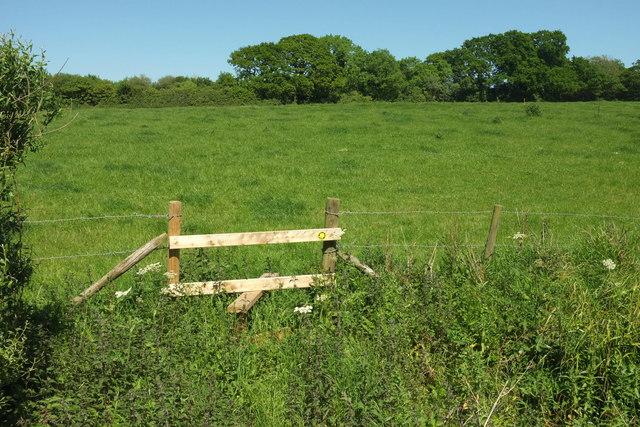 Stile near Wood Dairy Farm