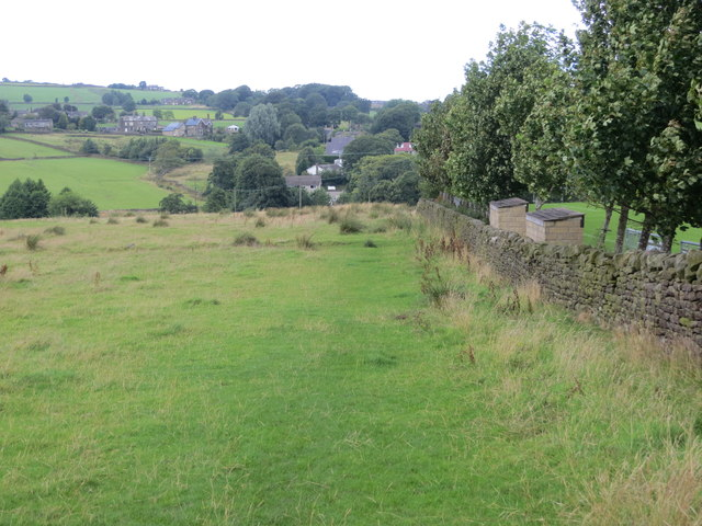 Wallside field footpath from Shaw to Mould Greave