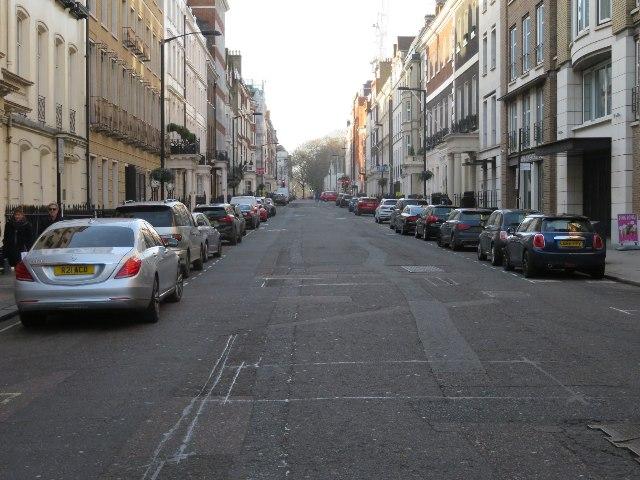 No traffic - Grosvenor Street