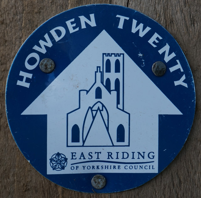 Howden 20 marker on Featherbed Lane