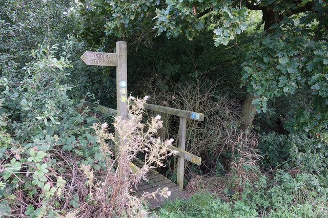 Footbridge near Oak Tree Farm