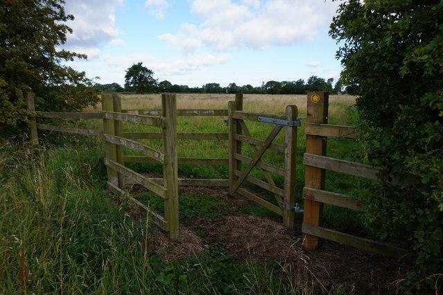 Kissing gate near Spaldington