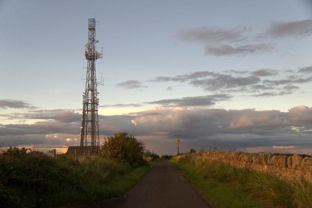 The mast on Falside Hill, near Wallyford