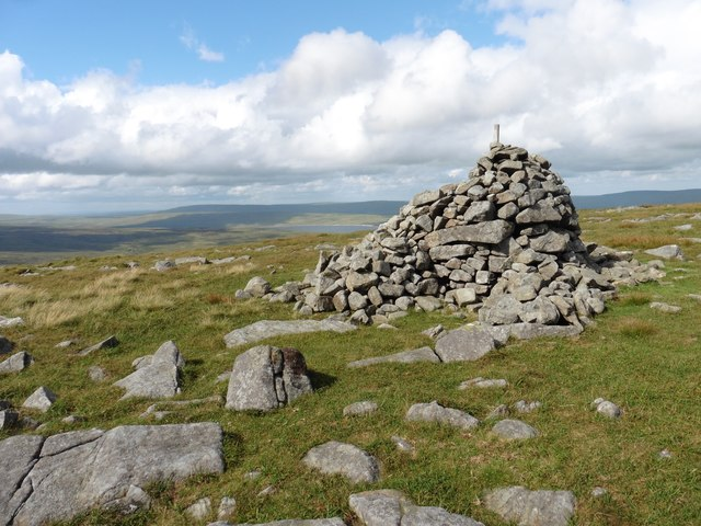 Summit Cairn, Mickle Fell