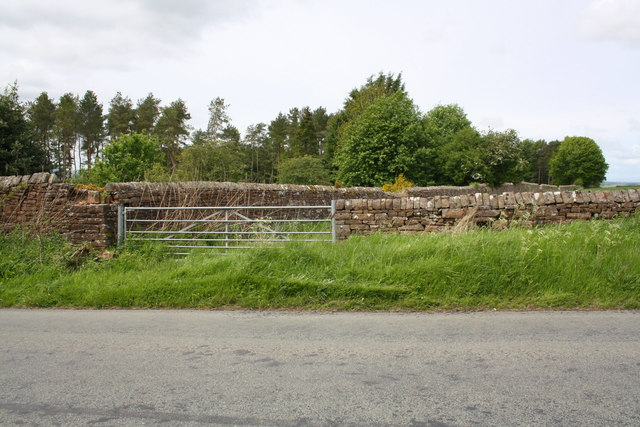 Boundary wall junction of Penrith Golf Course, Salkeld Road