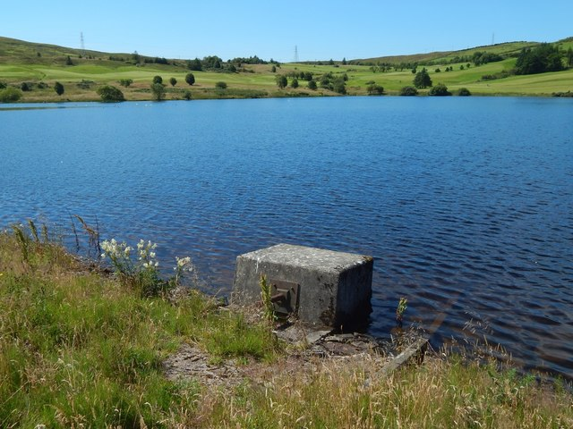 Whinhill Reservoir: old sluice