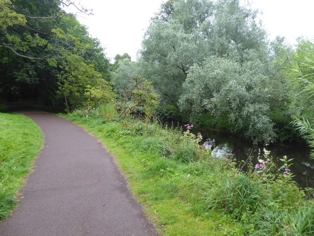 Footpath by White Cart Water, Pollok Country Park