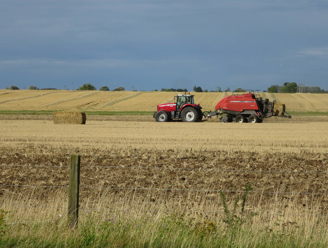 Baling straw by the busway