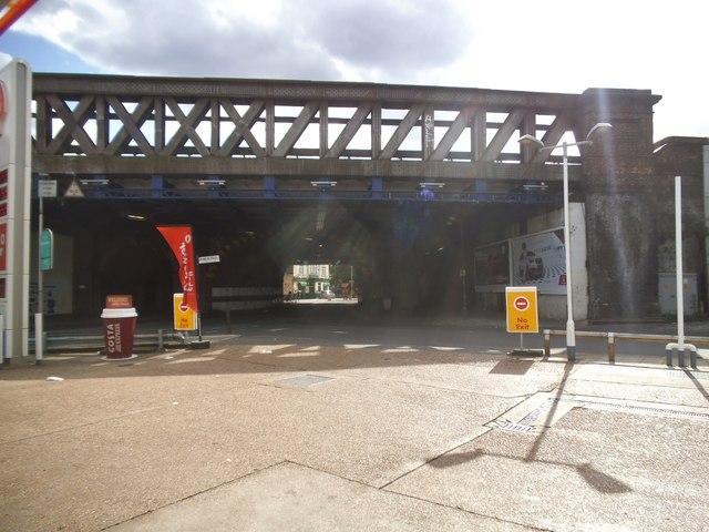 Railway bridge on Southwark Park Road