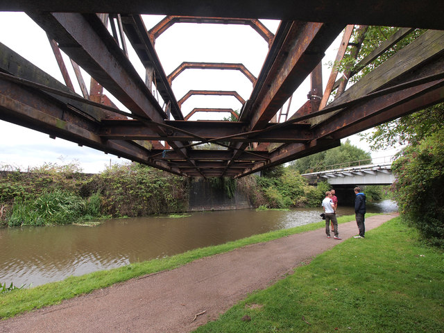Disused Railway Bridge over the Shropshire Union Canal