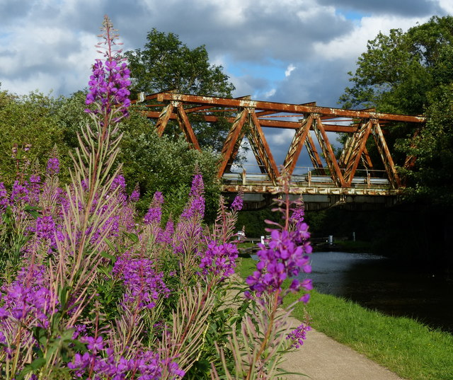 Field Locks Bridge No 211A