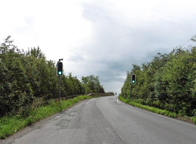 Narrow bridge on the A525