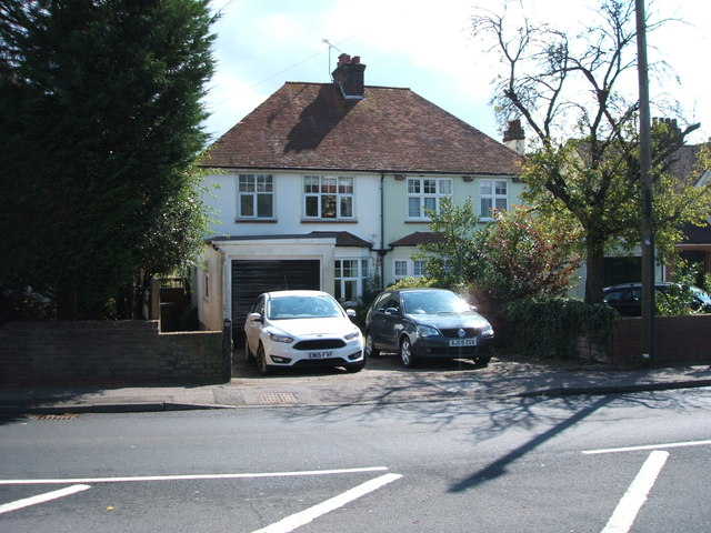 Houses on Roxwell Road (A1060)