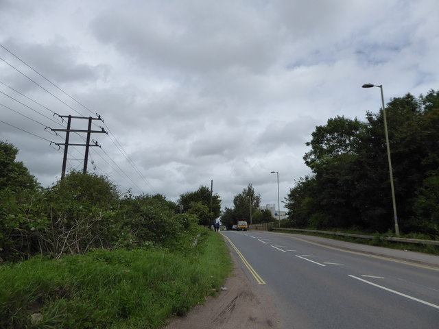 Mid section of Harts Farm Way