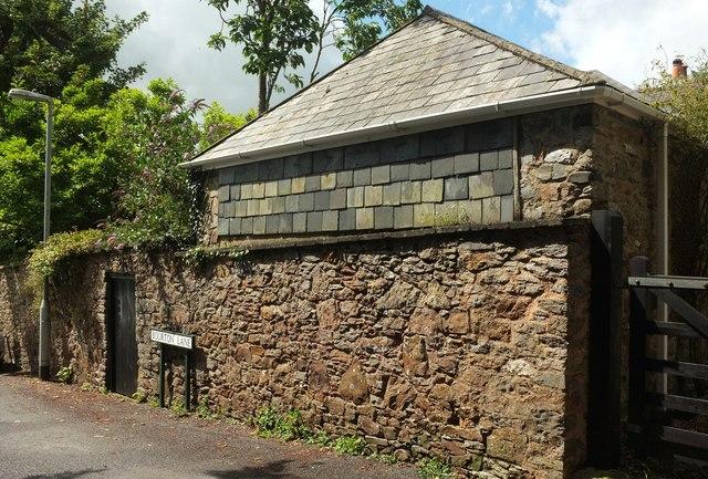 Wall on Bourton Lane, Totnes