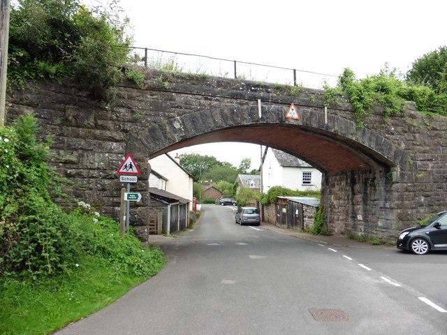 Disused railway bridge, Bolham