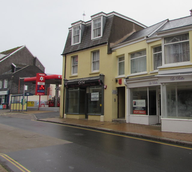 Vacant High Street premises to  let, Ilfracombe
