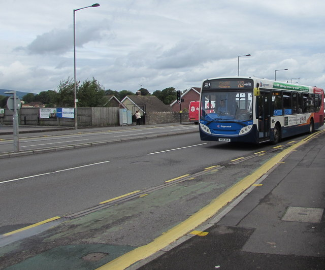 X3 bus for Cardiff in Malpas, Newport