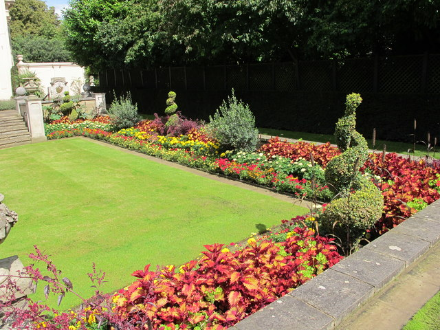 The Holme, formal garden with bedding plants and topiary