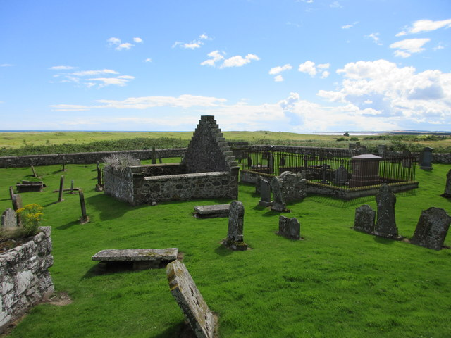 Nether Kirkyard, looking southwards