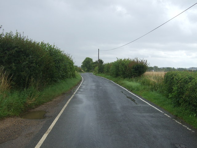 Moreton Road towards Fyfield