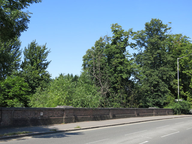 The Oxford Road bridge over the River Colne
