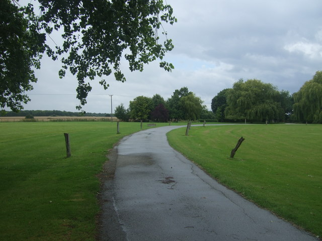 Road to Witney Green