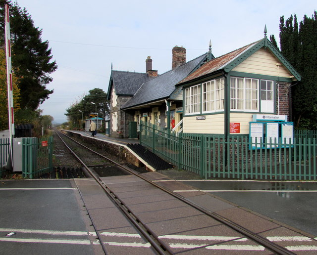 Caersws railway station buildings