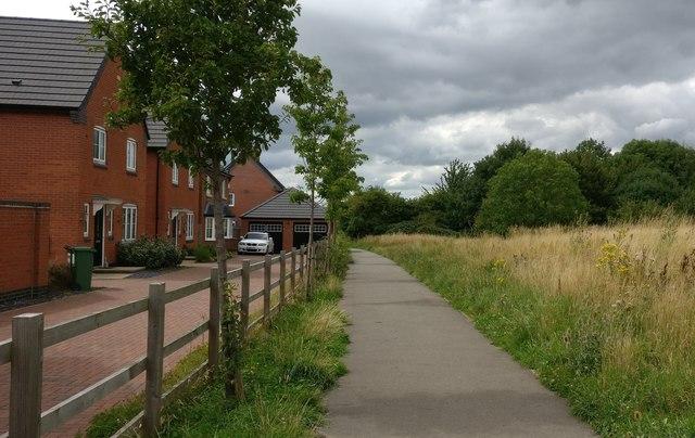 Path on the edge of Countesthorpe