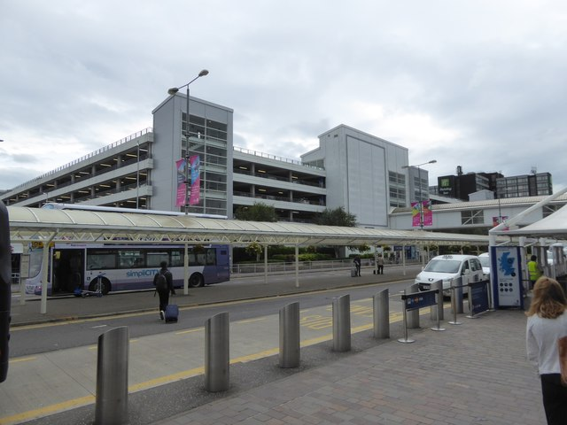 Multi-storey car park and bus stands, Glasgow Airport