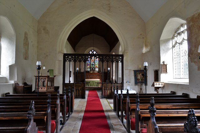 Seething, St. Margaret and St. Remigius Church: The nave over which is a thatched roof