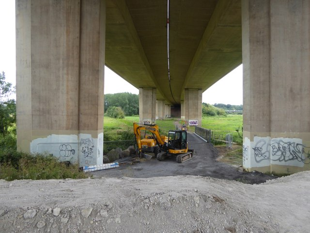 Building a bridge under the M5