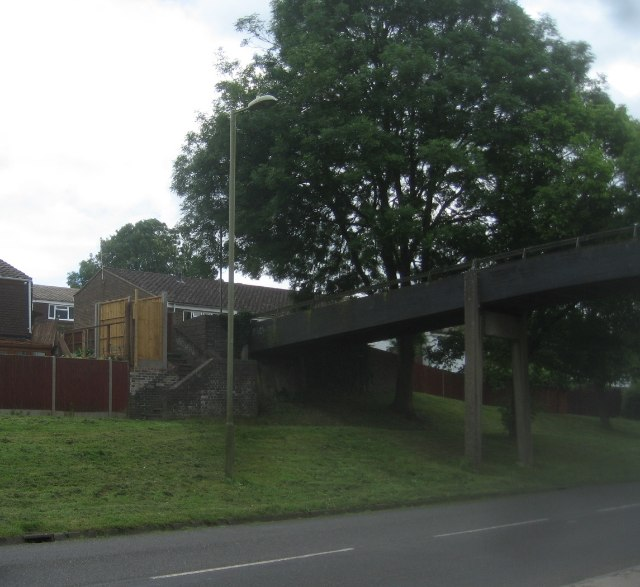 Footbridge over Buckskin Lane