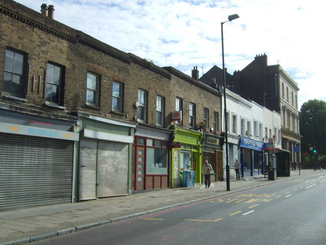 Post Office and shops on Pentonville Road
