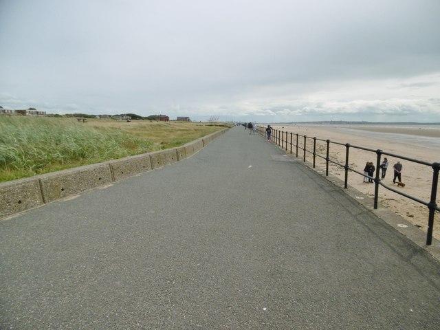 Crosby, promenade