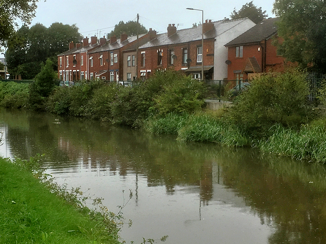 Leeds and Liverpool Canal, Woodhouse Lane