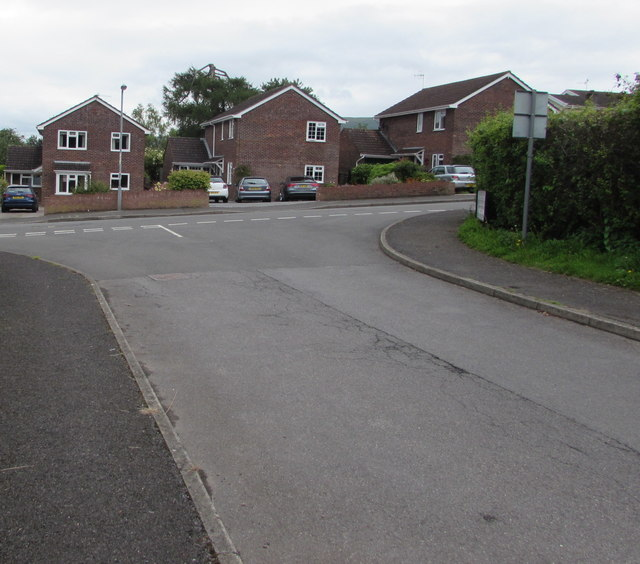 Junction of Hillgrove Avenue and Poplars Road, Mardy
