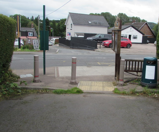 Metal posts at the southeast end of Poplars Road, Mardy