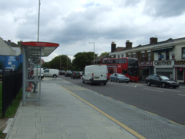 Bus stop and shelter on the A104, Woodford Green