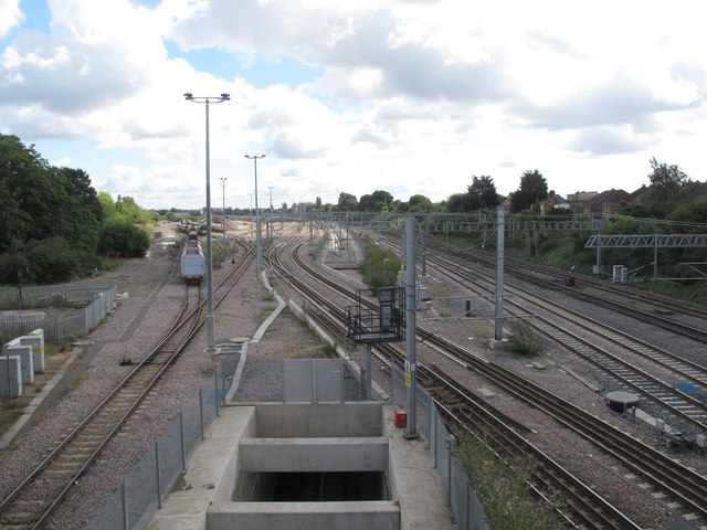 Acton crossrail diveunder, view East 2017