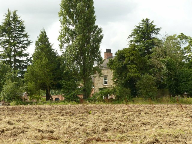 A glimpse of Grove Farmhouse
