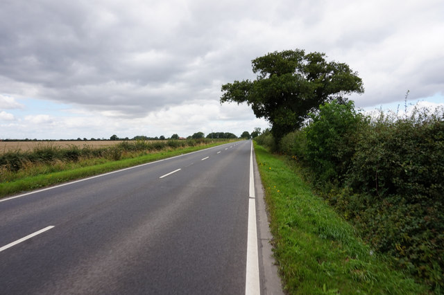 The A163 towards North Duffield