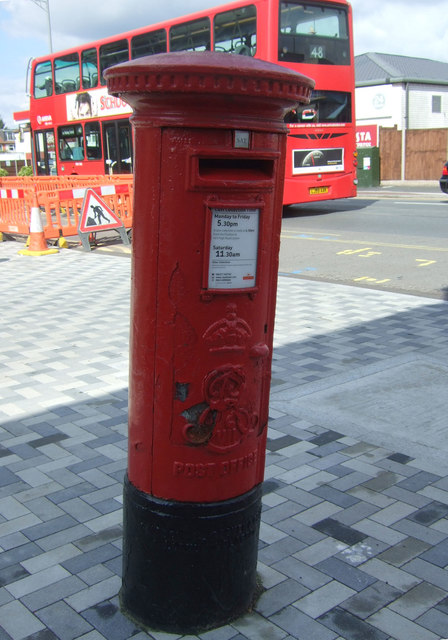 Edward VII postbox on Lea Bridge Road