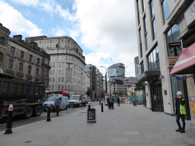 Looking towards the junction of Minories and Aldgate