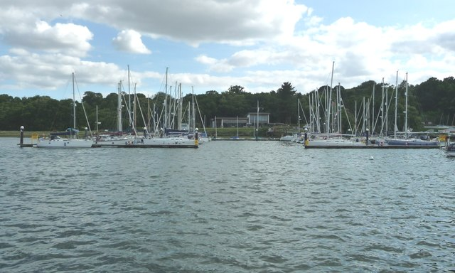 Moored boats on the Orwell at Woolverstone