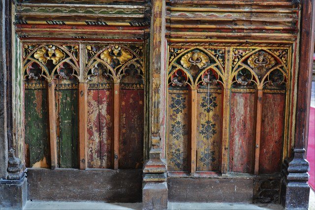 Seething, St. Margaret and St. Remigius Church: Detail of the medieval part of the screen 1